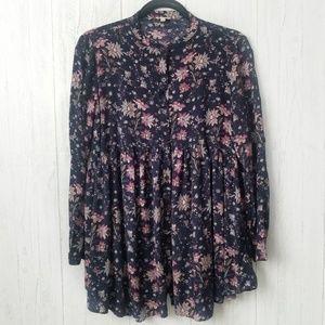 En Creme Floral Long Sleeve Button Tunic Sz Medium